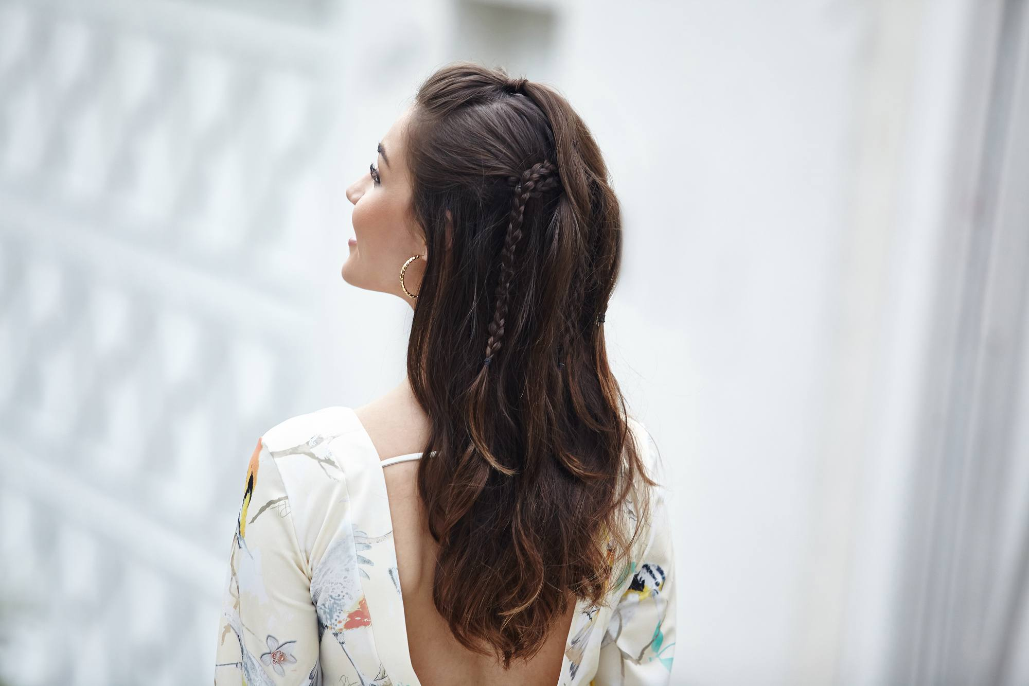 curling wand hairstyles on boho half-updos