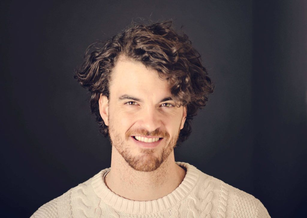 curly hairstyles for men 2017 side part