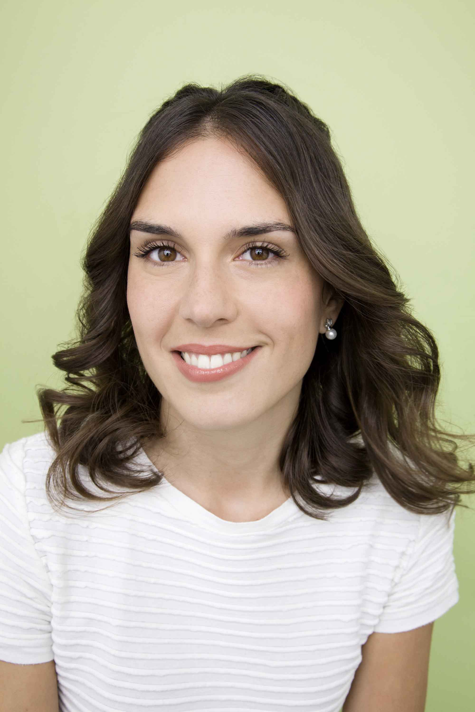 3 Low-Maintenance Hairstyles For Medium Layered Haircuts