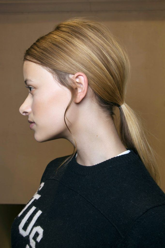 Long Straight Hairstyles: 8 Hairstyles for Going Out