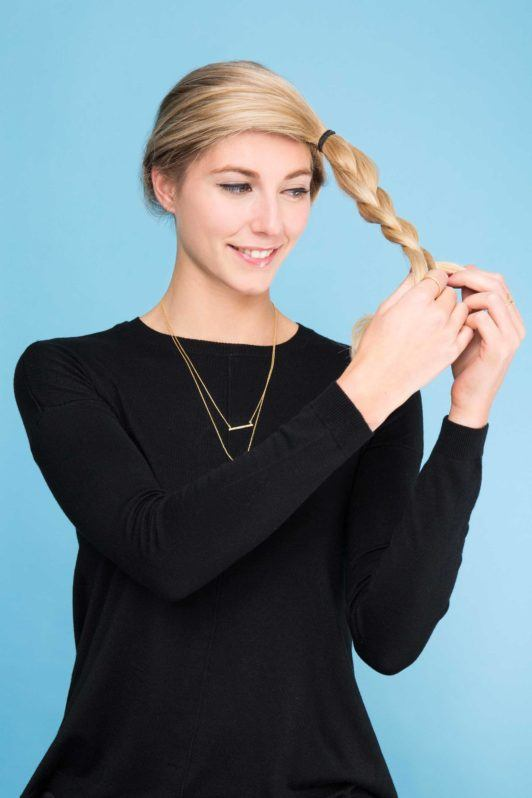 crown braid tutorial: braiding