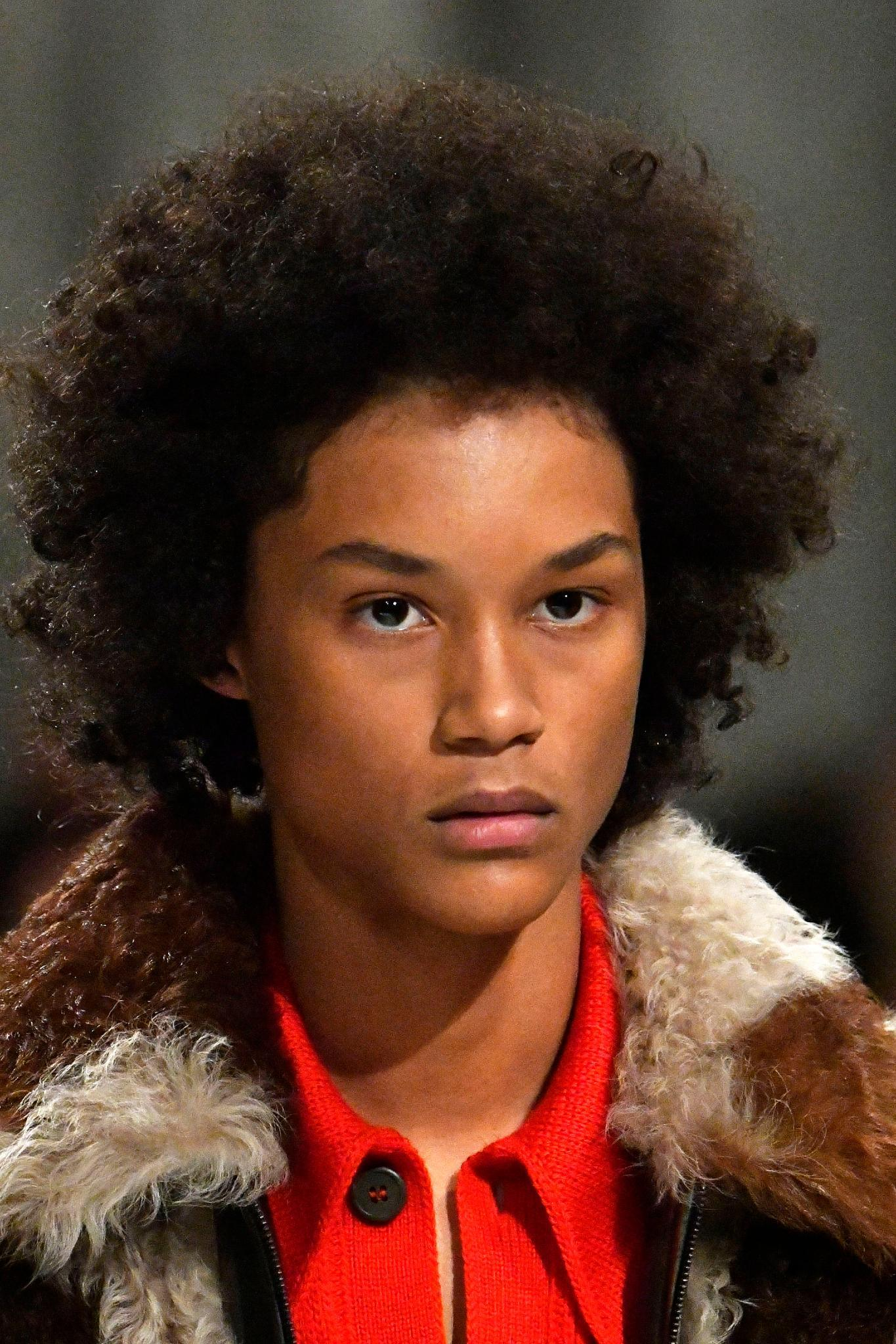 How To Get These Curly Mens Haircut Styles From The Runway