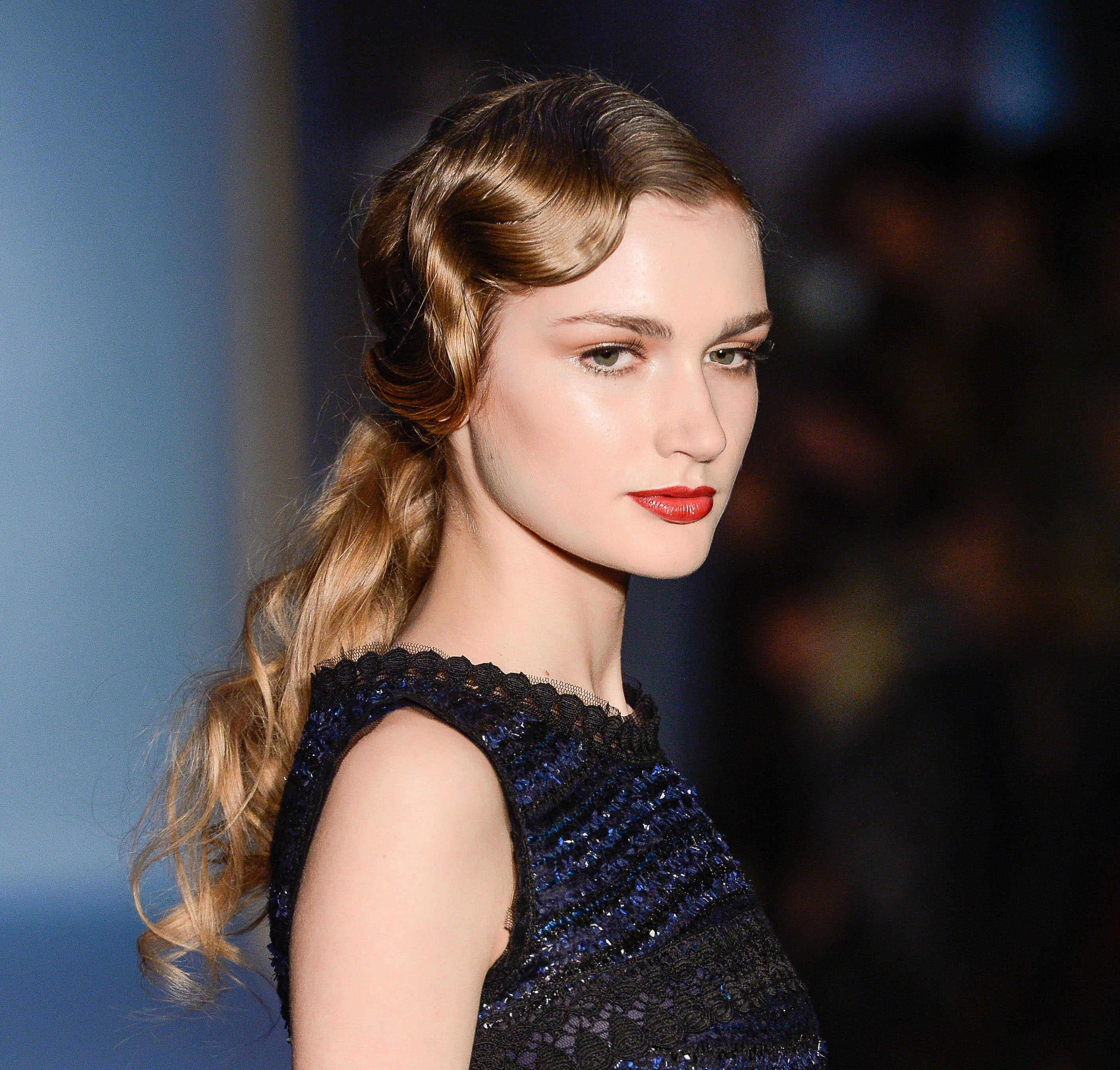 vintage hairstyles for curly hair finger waves