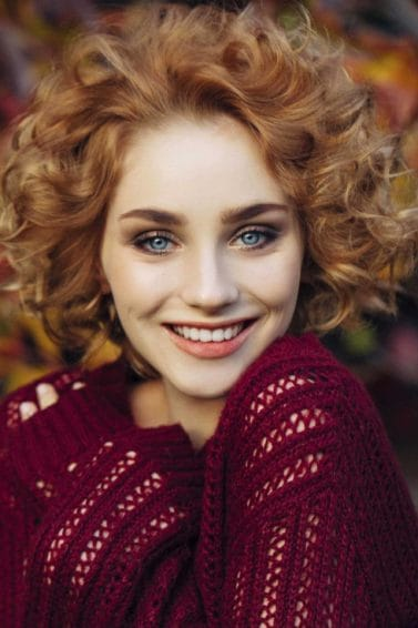 how to create a curly hair bob no part