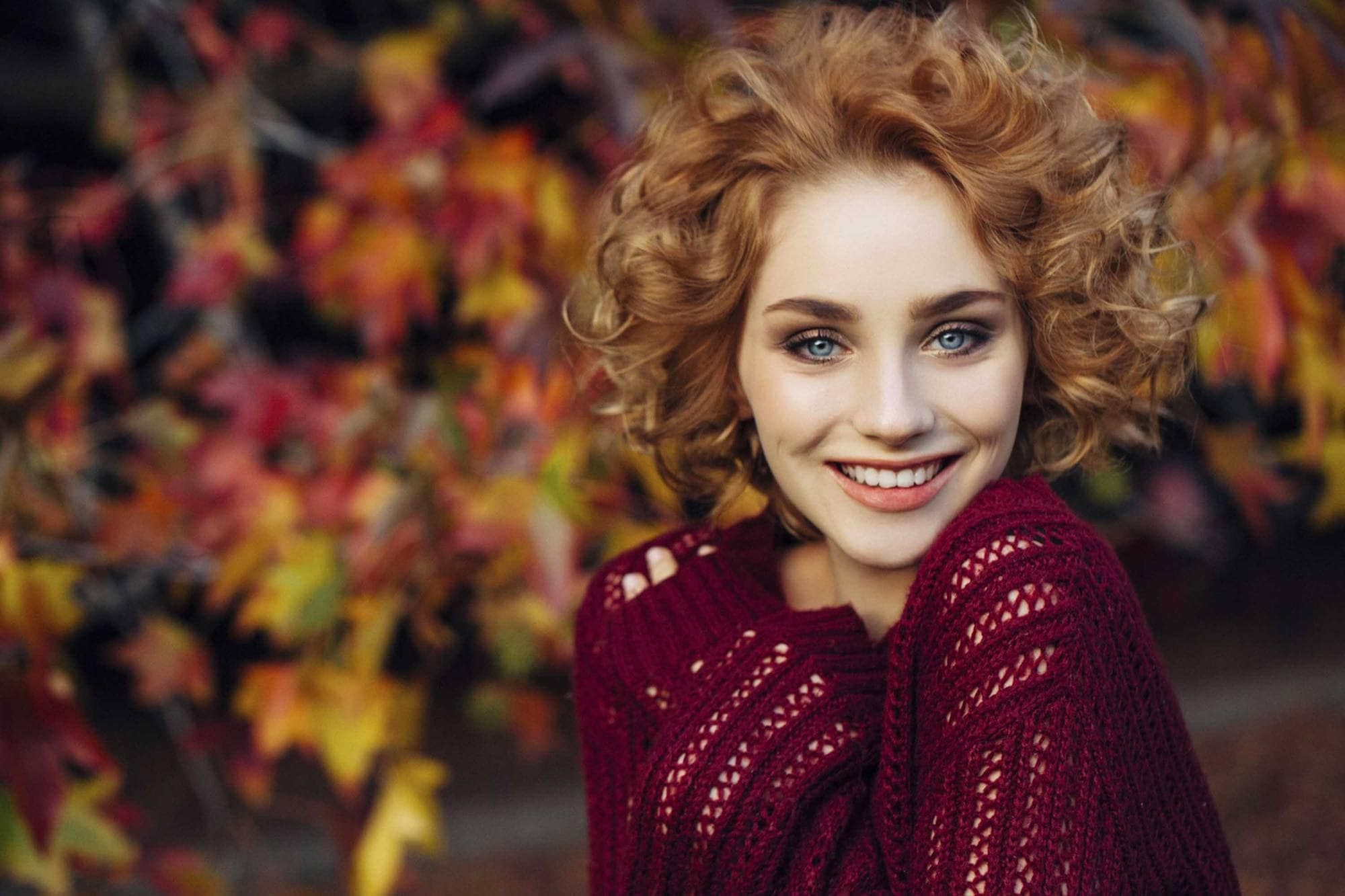 Curly hair bob 7 hair trends and styles for any occasion redhead woman with curly hair bob no part urmus Images