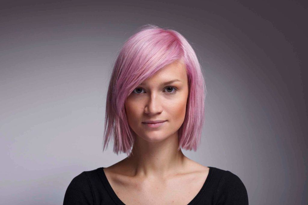Pinks Hairstyles: Short Cuts For Long Faces: 10 Hairstyles We Love For 2017