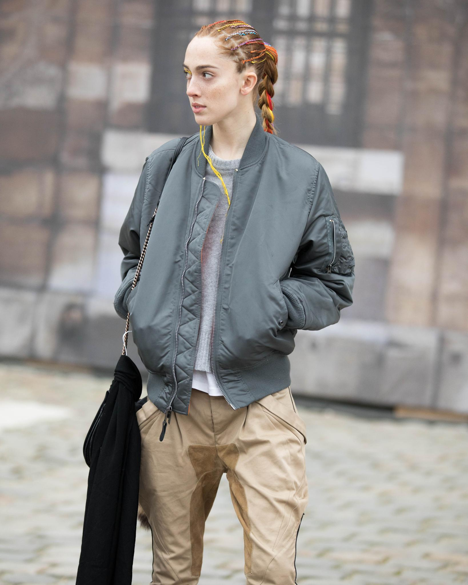 young model with box braid ponytail hairstyle