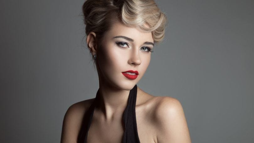 vintage hairstyles for curly hair pompadour