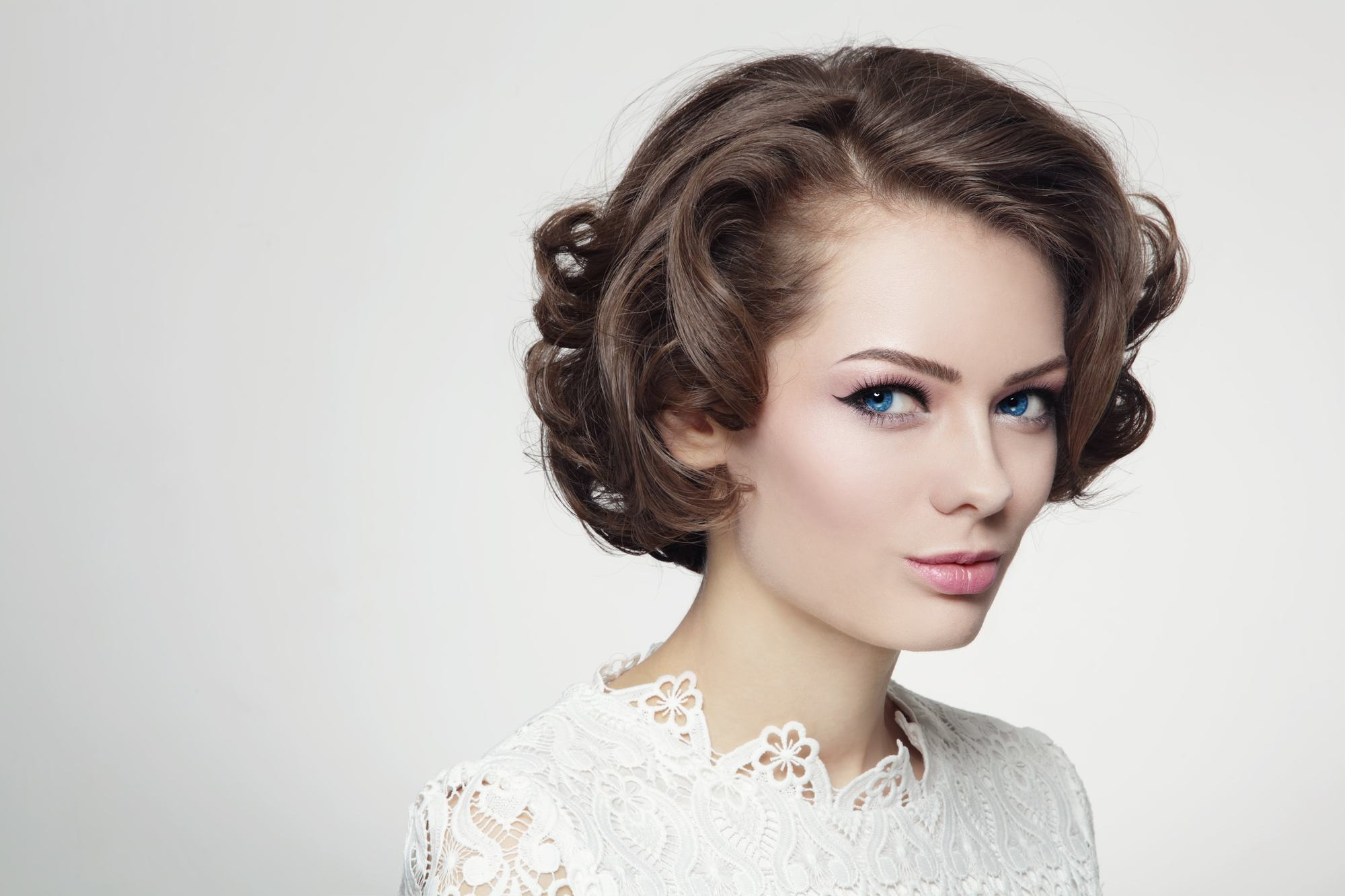 60s hairstyles soft curls