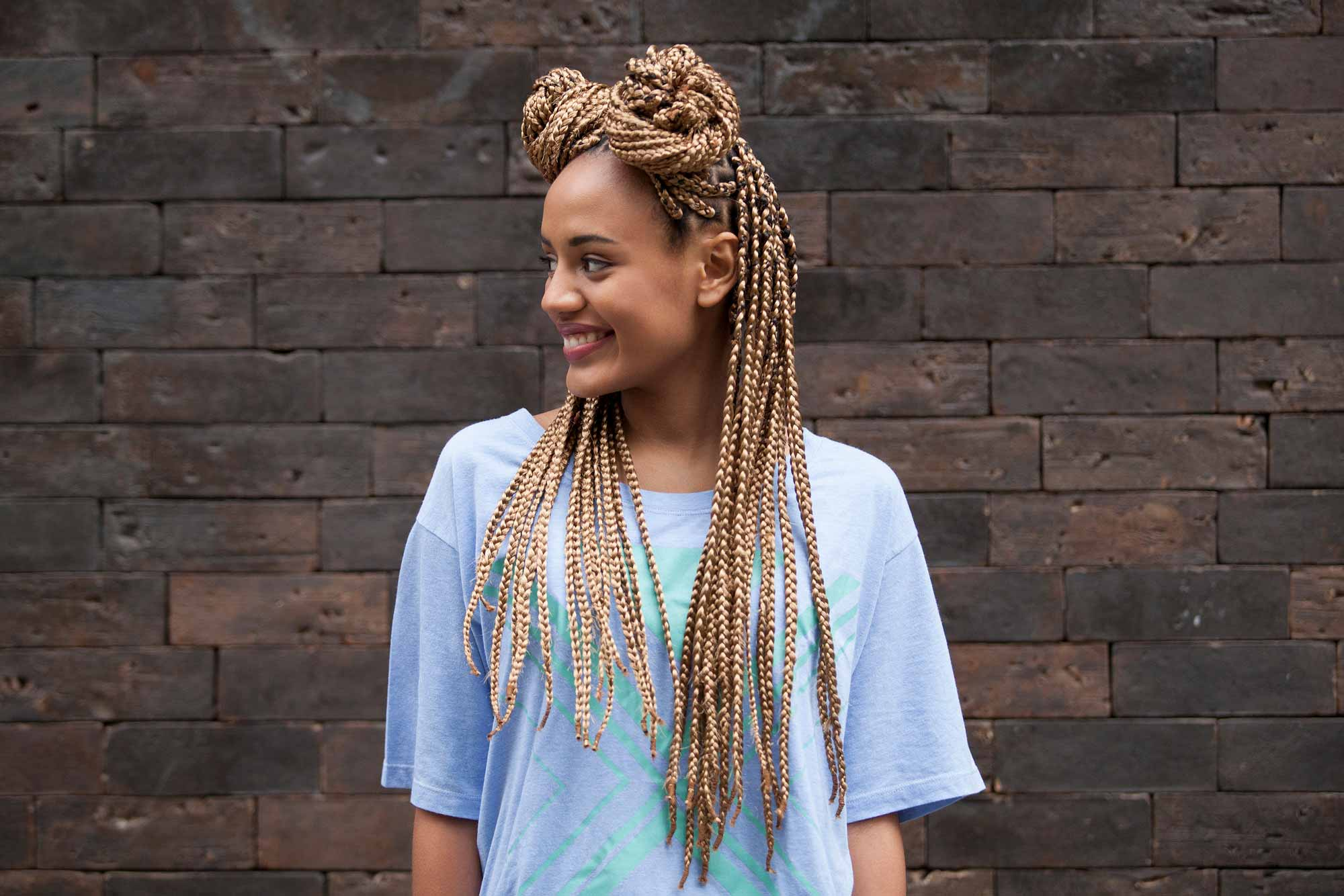 How to wear honey colored braids