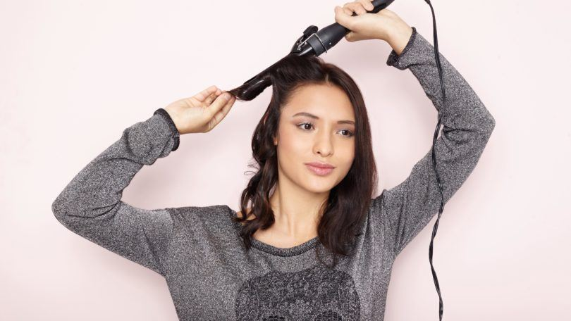 how to use curling tongs on your hair