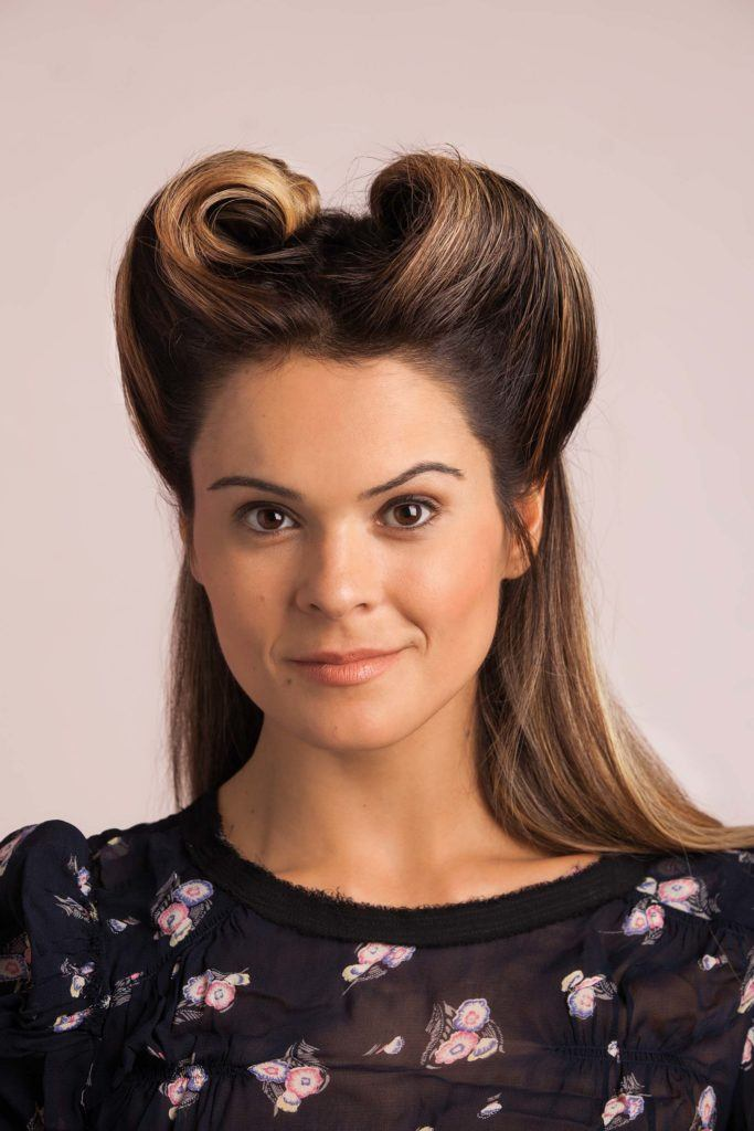 pin styles for long hair with the victory roll