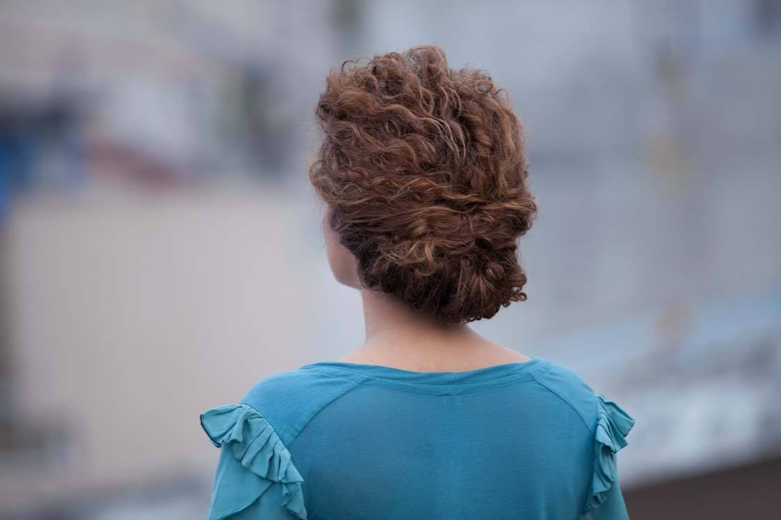 Astonishing Quick Updos For Curly Hair Easy Styles For Weekend Ready Hair Hairstyles For Women Draintrainus
