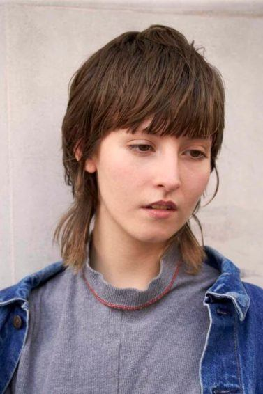 androgynous haircuts to try like the mullet
