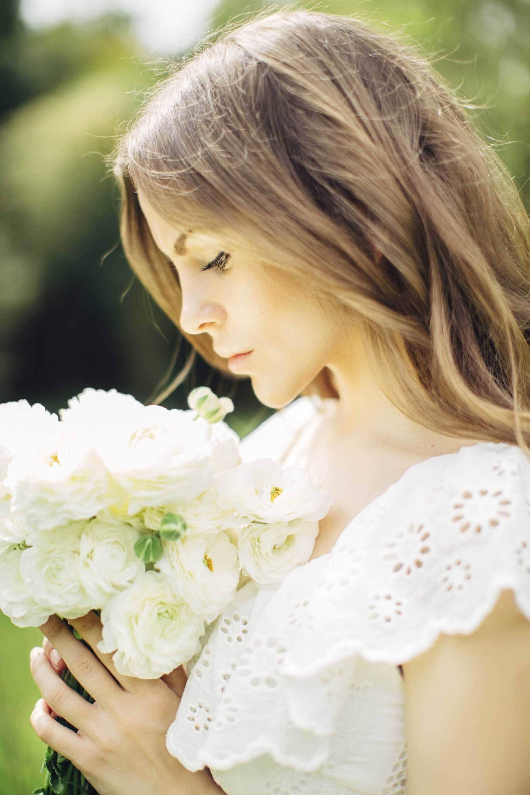 best bridal hairstyles with brown waves