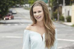 how to create a glam bouffant hair look