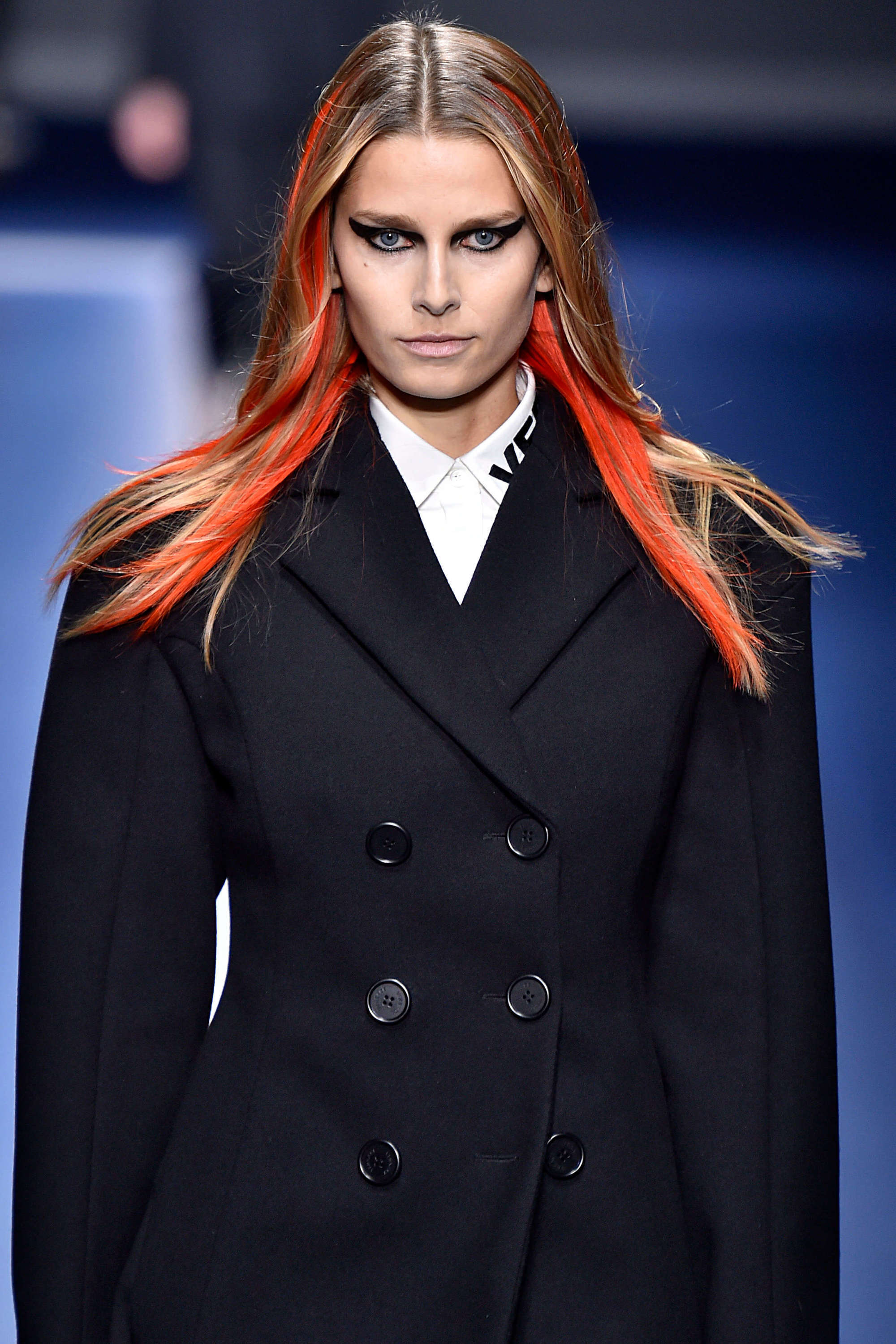 new hair trends with bold colors