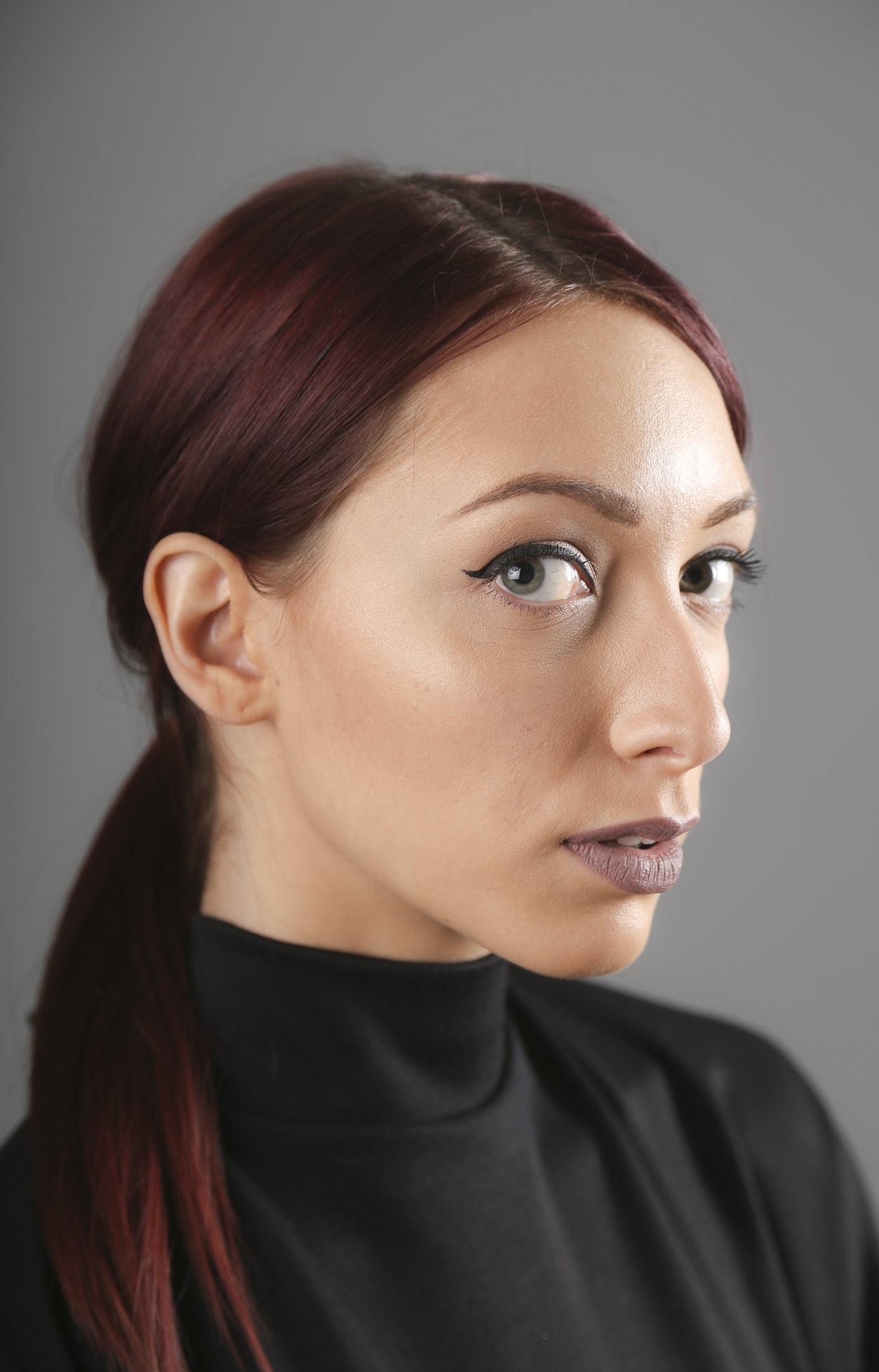 side part ponytail red hair low ponytail