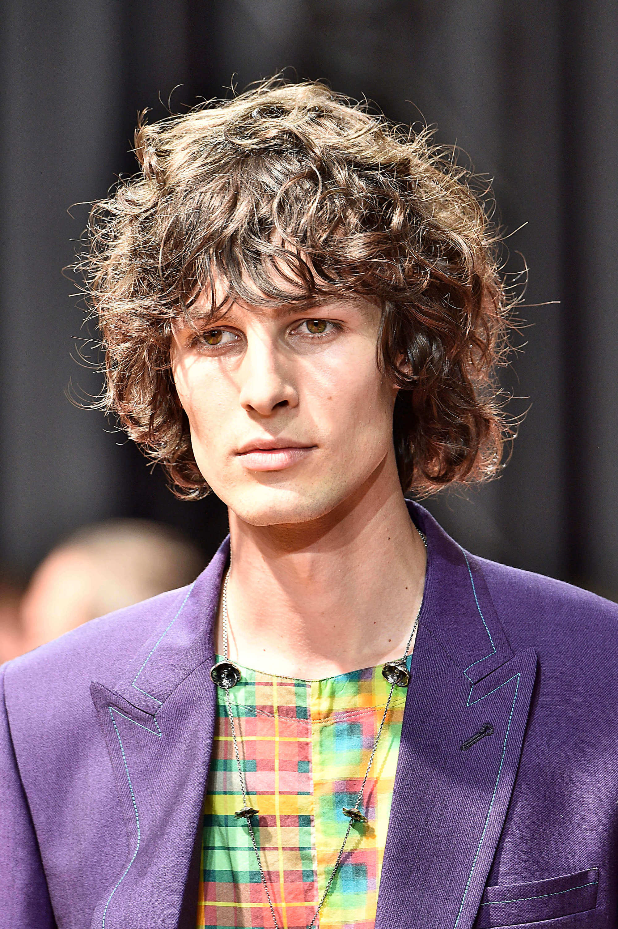 style men's curls in a shag