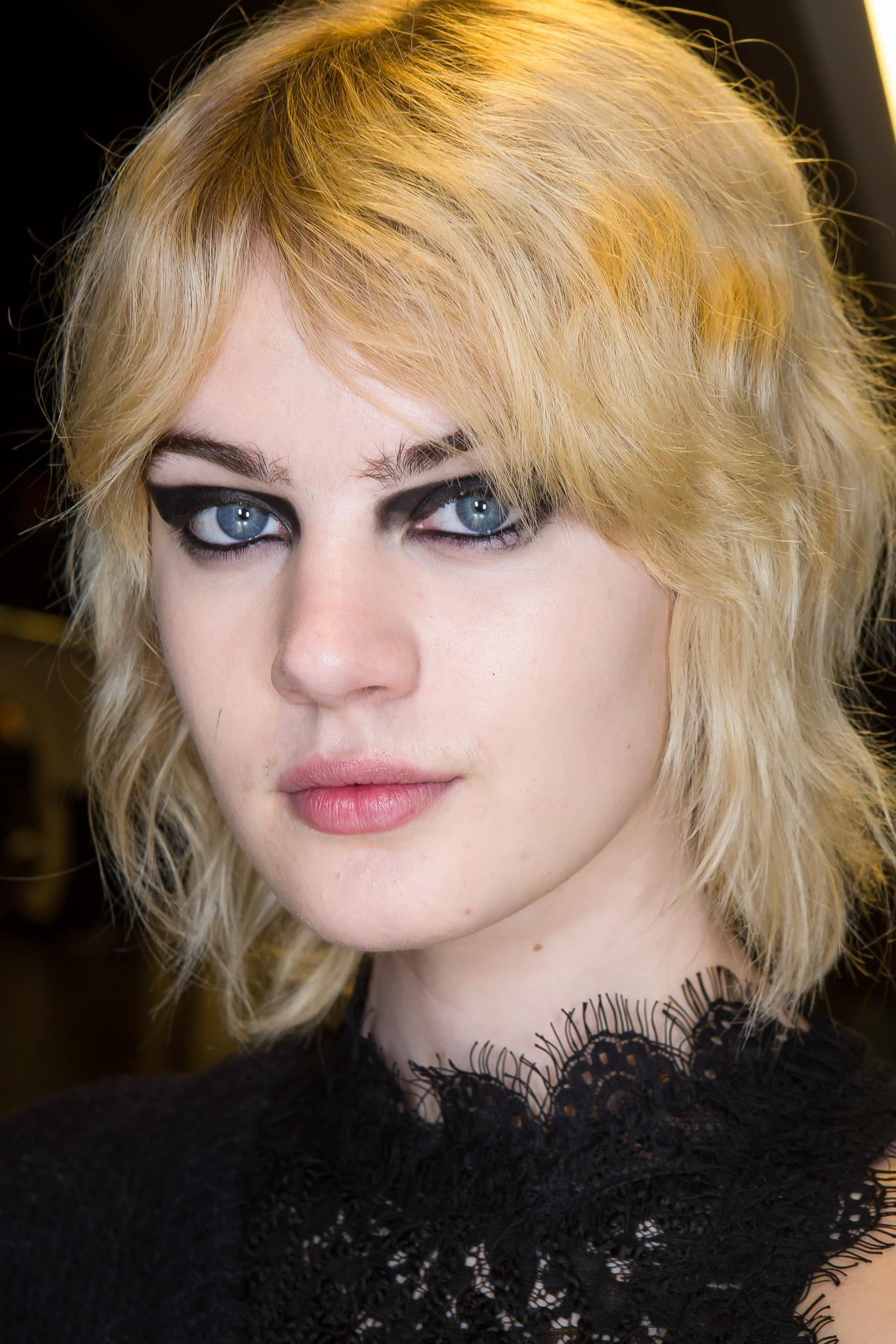 Spot The Nought The Wispy Hair Trend