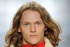 2016 long hairstyles for men: wavy hair