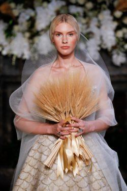 fall bridal hair ideas and trends to try