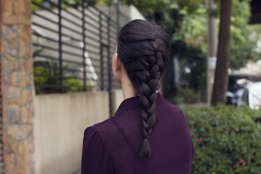 how to do a French braid on long hair