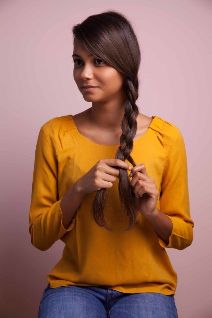 hair braiding: three-strand braid