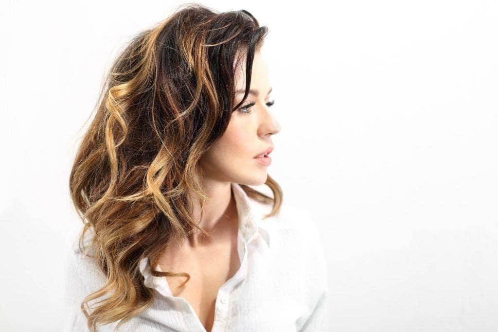 balayage long hair light curls