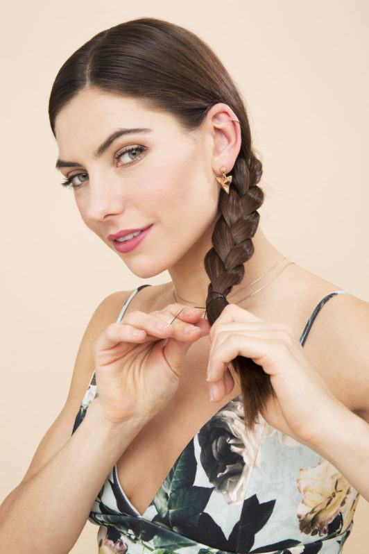how to do a simple braid with a hair tie