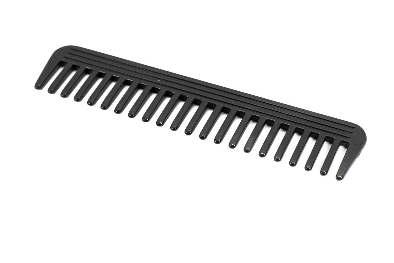 wide-toothed combs hair guide
