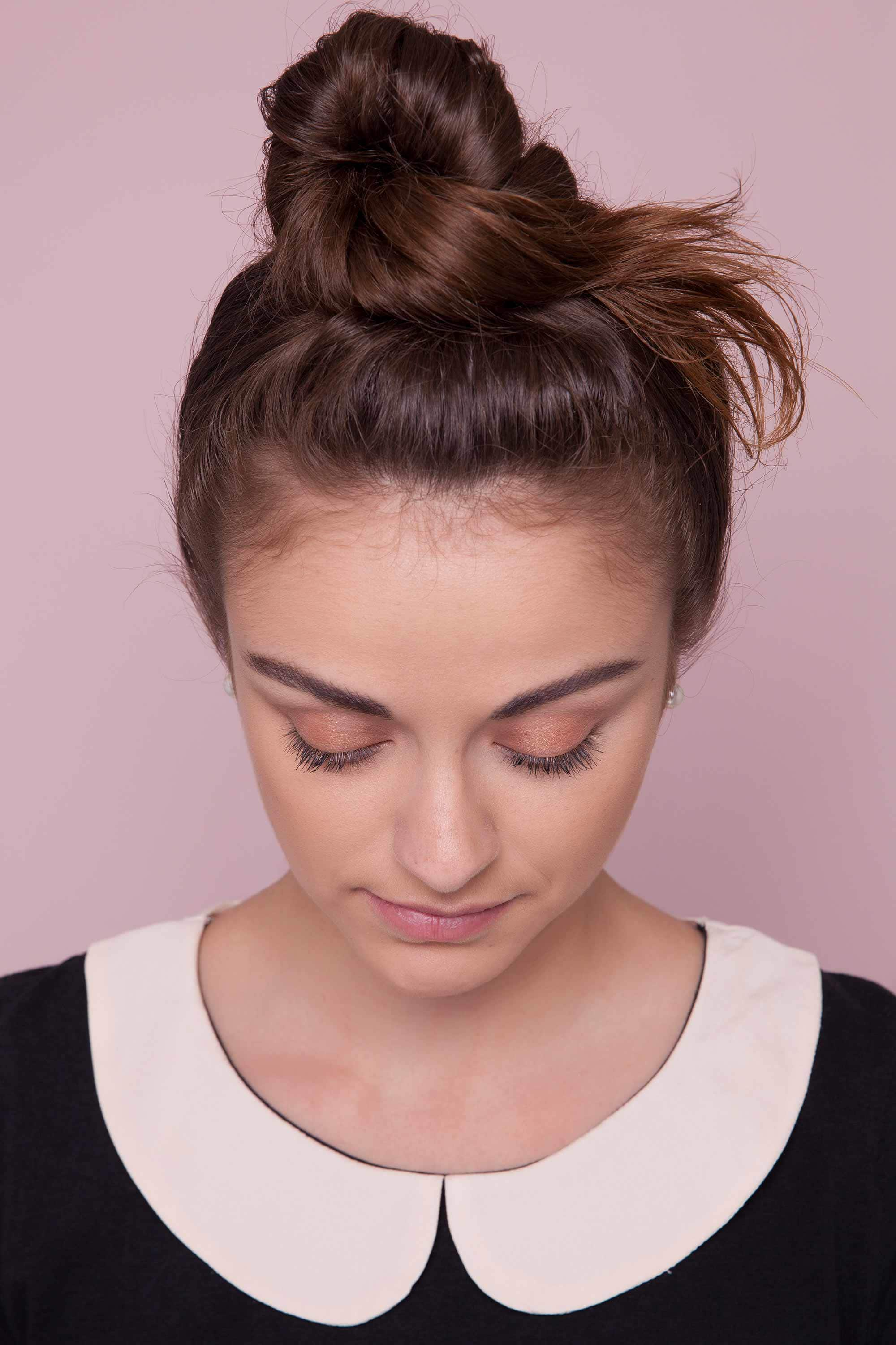 Your Ultimate Messy Bun Hairstyle Guide
