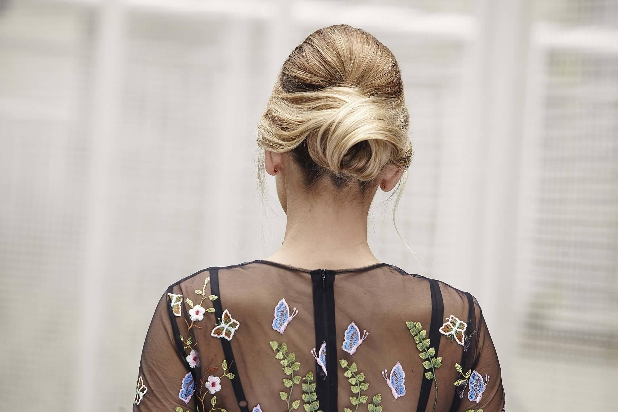 Tutorial Rose Bun Hair