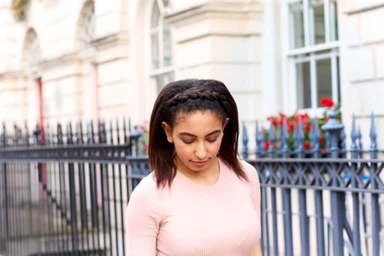 simple hairstyles with a braided headband
