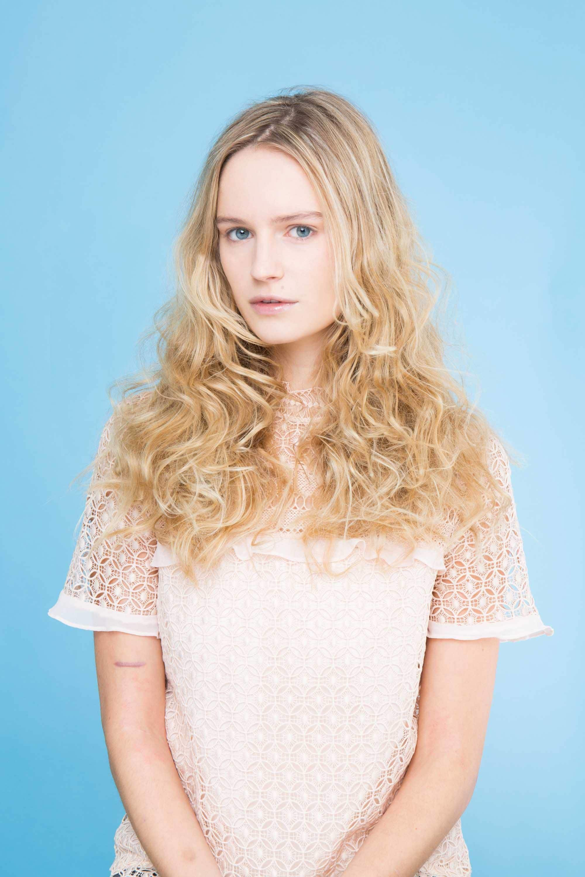 Beach waves hair tutorials how to get this awesome hairstyle beach waves hair on long hair urmus Image collections