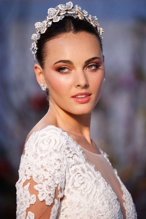 bridal hairstyles in chignon