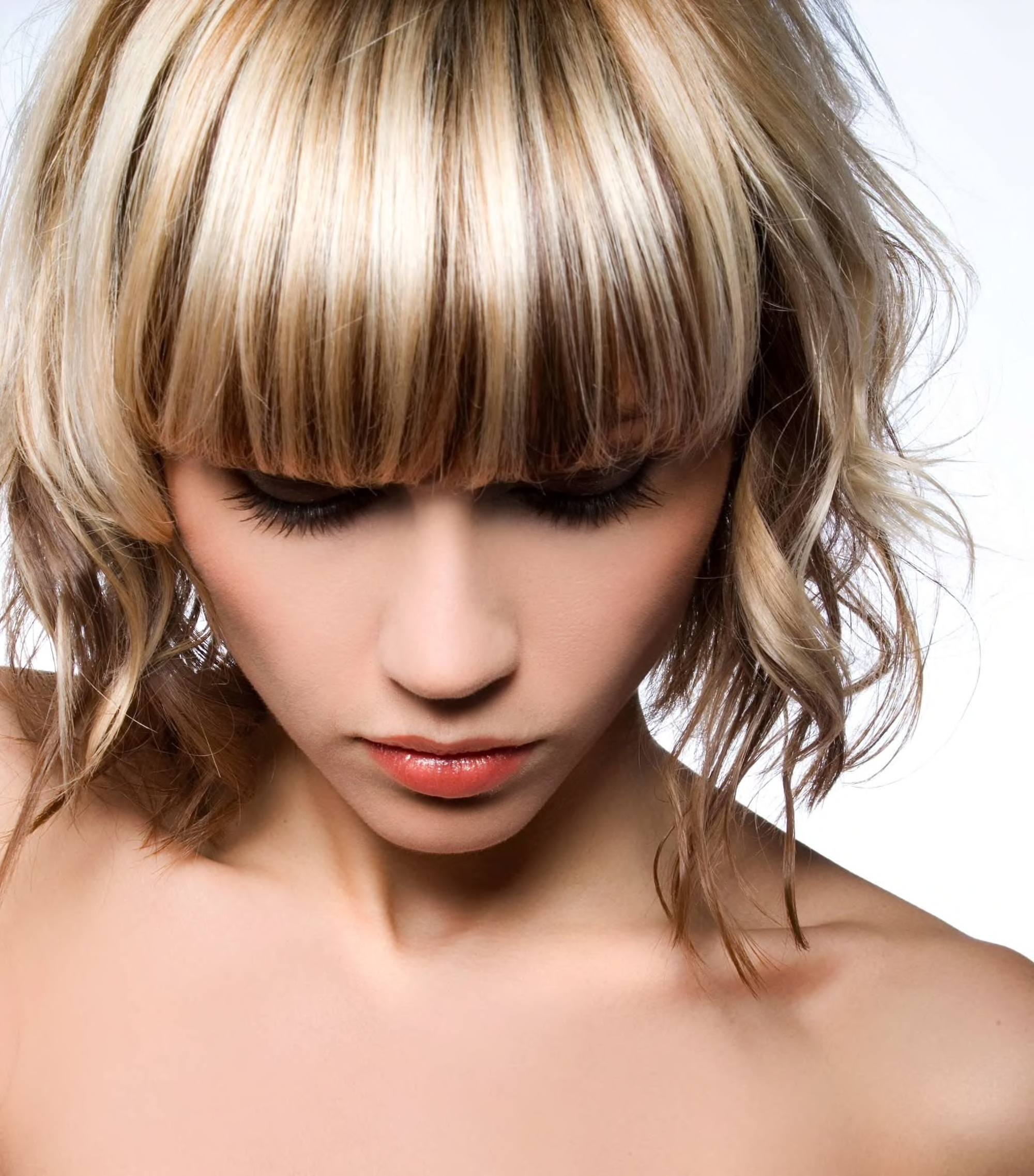 Brown hair with blonde highlights inspiring colors to try brown hair with blonde highlights with bangs urmus Gallery