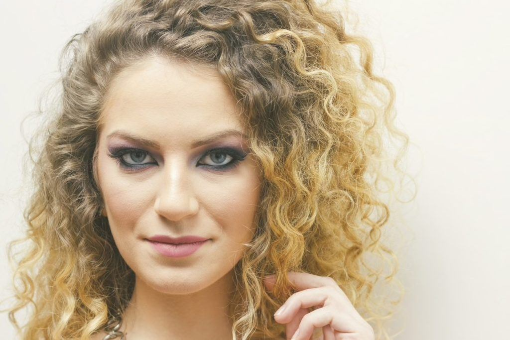 curls hairstyles for long faces