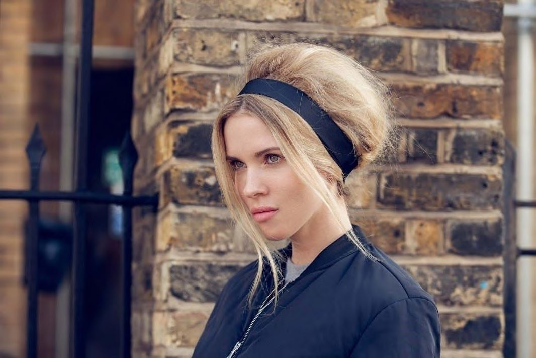 headband hairstyles for long faces