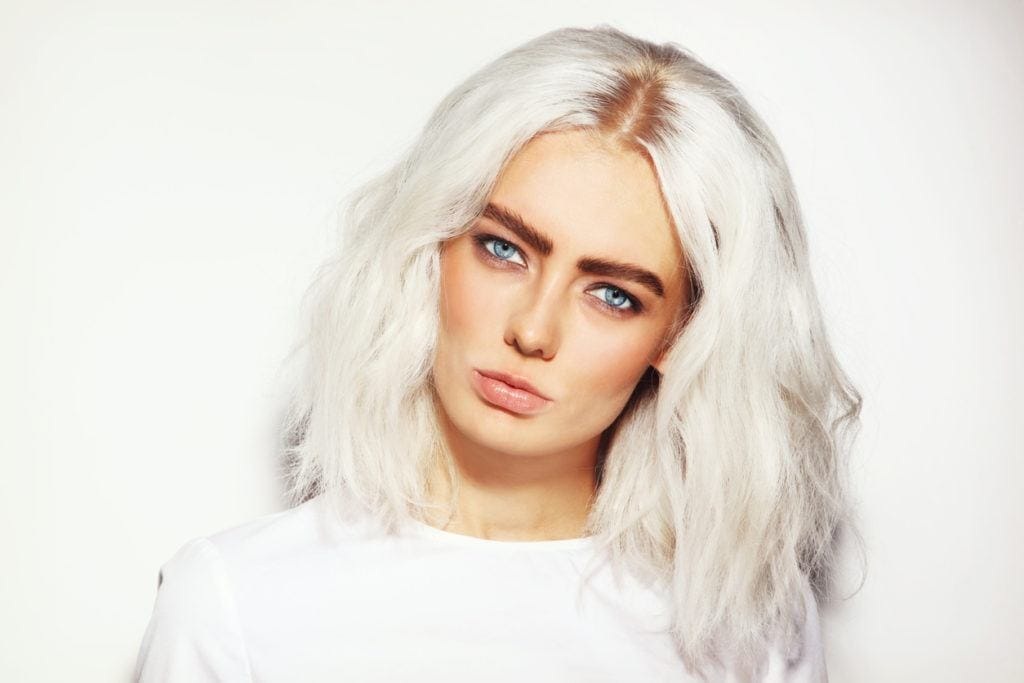 Silver Blonde Hair: 20 Trendy (and Non-Aging) Ways to Wear ...