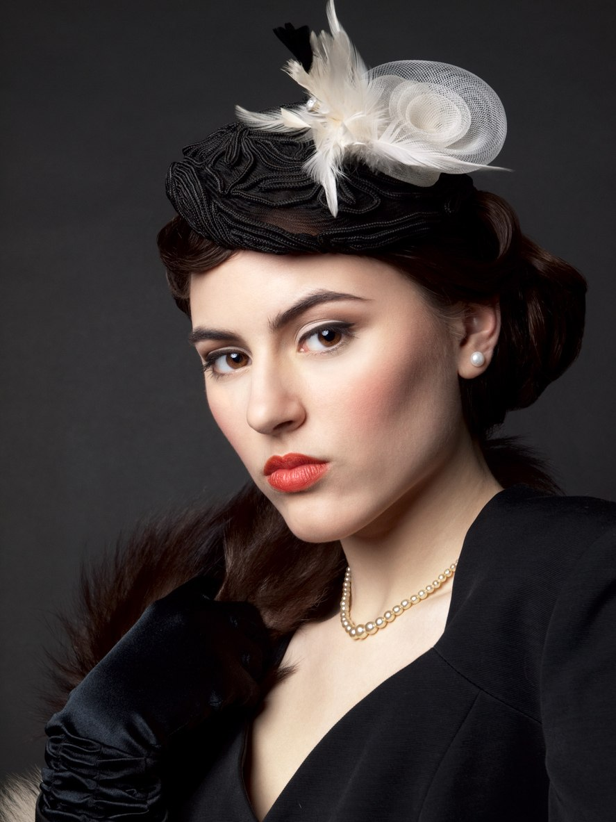 16 Flapper Hairstyles for Long Hair: Easy Style Ideas with ...