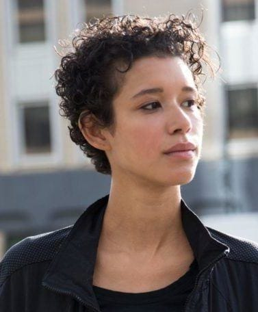 short haircuts for curly hair: loose pixie curls