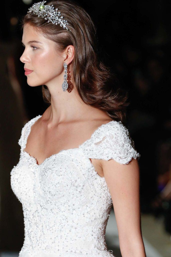 simple wedding hairstyles tiara