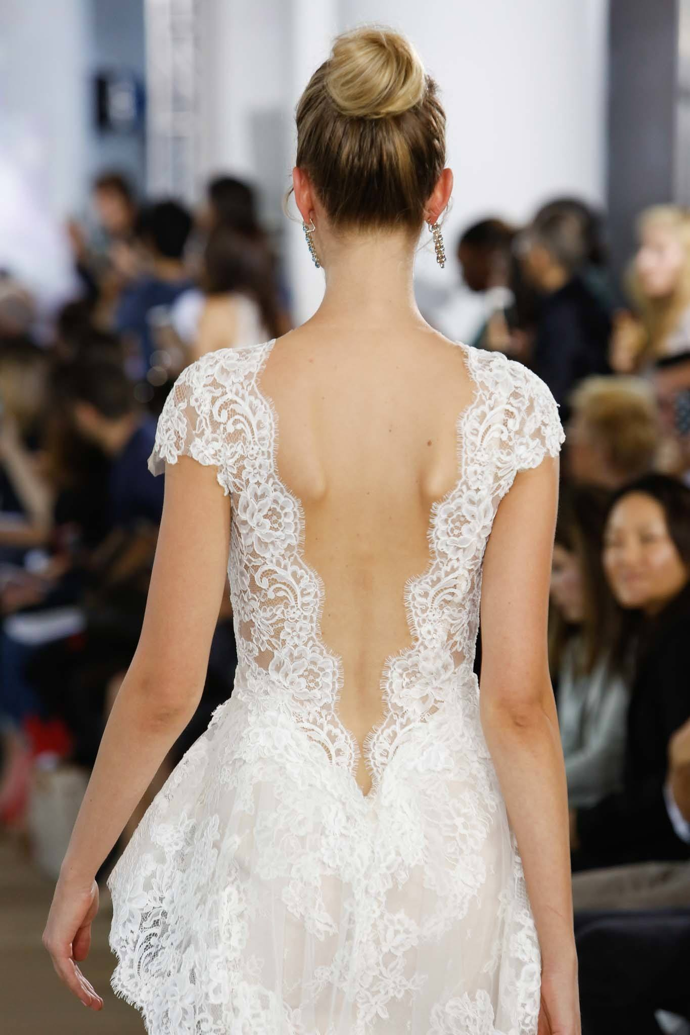24 Simple Wedding Hairstyles For The Chic Unfussy Bride