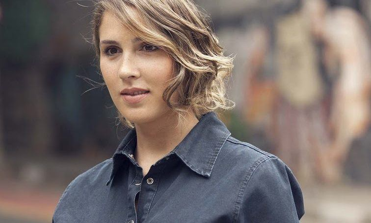 Chin Length Hairstyles: Haircut Ideas and Trends to Check Out