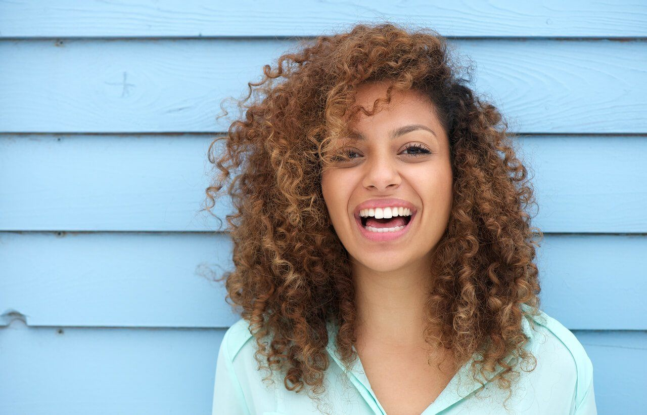 Guide to Curls: 43 Curly Hair Ideas, Style Tips and a Tutorial!