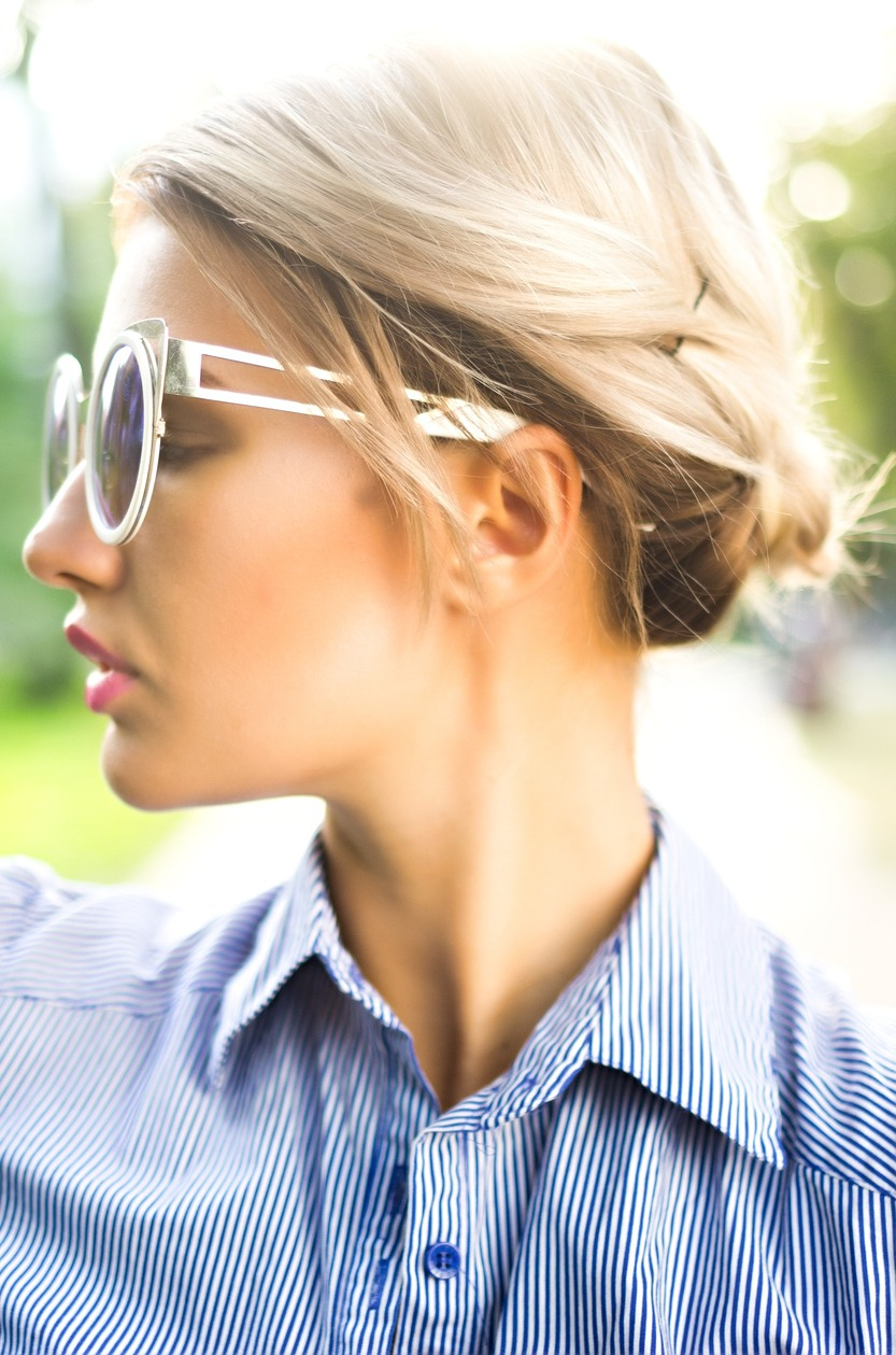 french hairstyles: pinned updo