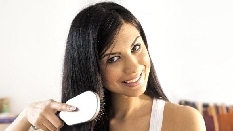 How To Get Sleek Shiny Hair Naturally