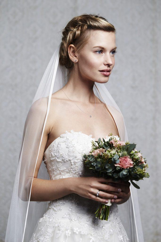 Wedding Hairstyles with Veil Ideas: 12 Looks to Inspire