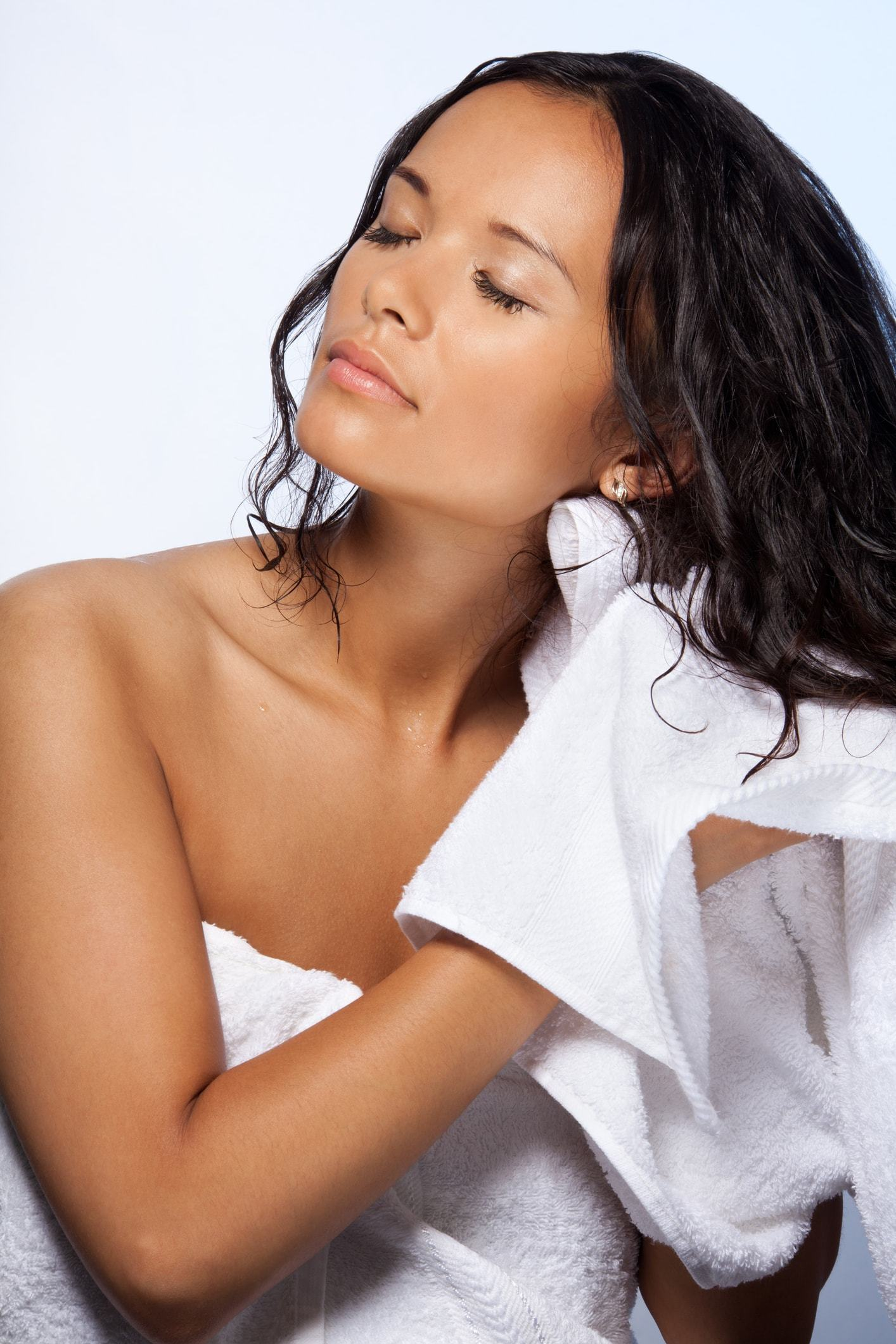 argan oil shampoo and conditioner wet hair brunette